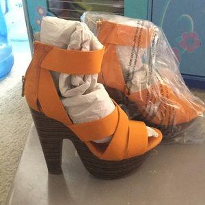 Bakers heels McKinley yellow
